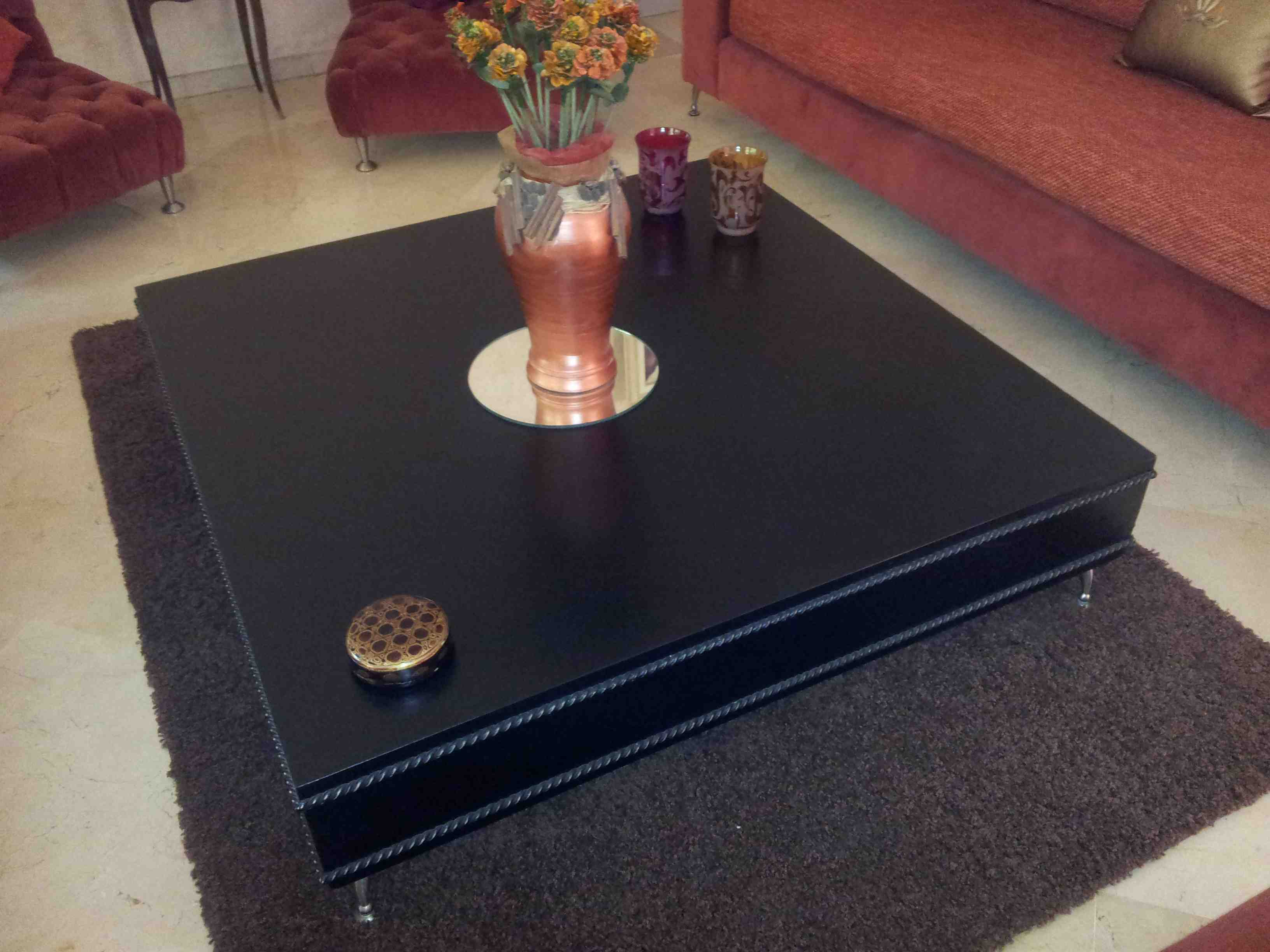 table salon marocain table basse salon marocain table marocaine table basse rehaussable et. Black Bedroom Furniture Sets. Home Design Ideas