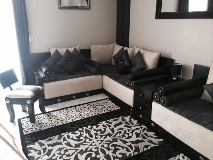 salon marocain moderne. Black Bedroom Furniture Sets. Home Design Ideas