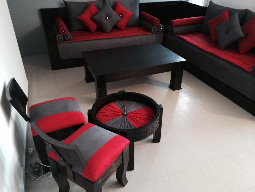 pouf salon marocain tabouret salon marocain. Black Bedroom Furniture Sets. Home Design Ideas