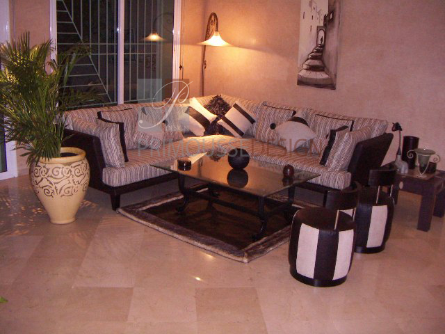salon marocain moderne turkmen. Black Bedroom Furniture Sets. Home Design Ideas